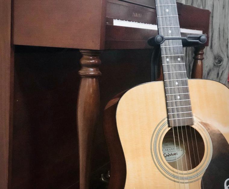 piano.guitar